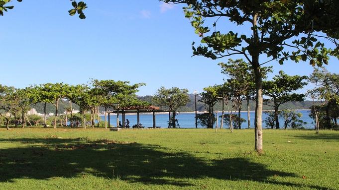 【秋冬旅セール】ビーチまで徒歩5分♪沖縄北部の観光に便利なGOOD立地≪お部屋のみ≫
