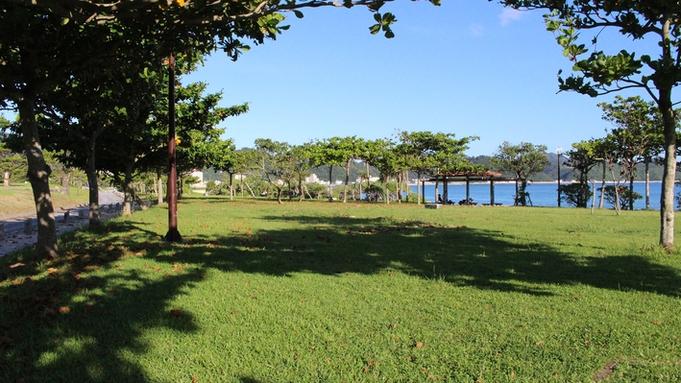 【秋冬旅セール】ビーチまで徒歩5分♪沖縄北部の観光に便利なGOOD立地≪朝食付≫