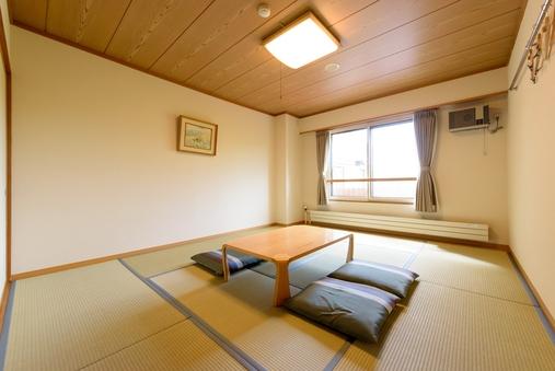 【和室】畳の香りが心地よいスタンダードなお部屋