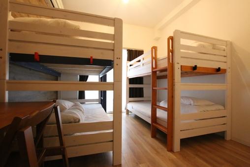 シングル4ベッド