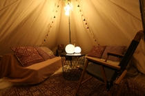 CAMP ROOM テント内