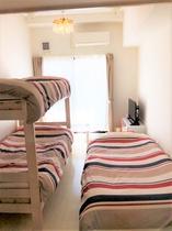 ラ・ロンコントル305号室(200415二段ベッド)