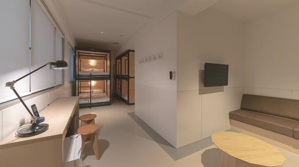 ミッドナイト 6人部屋・ファミリールーム 2段ベッド×3台