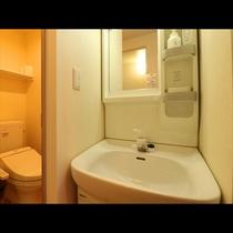 Hotel Asahi ~ Single room ~ 客室には独立の洗面台