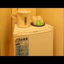 ~ Single room ~ 客室設備は電子レンジ・冷蔵庫がご利用できます。