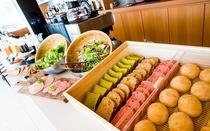 朝食@Cafe&Bar15