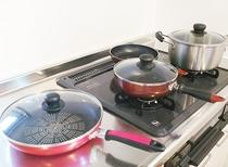 フライパン、鍋類