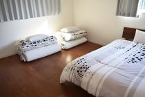 2階寝室②お布団セット