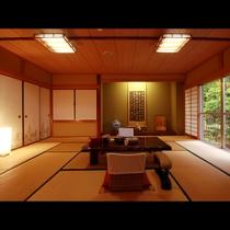 【特別室】特別室のメインルームは広々とした和室。広い窓からは自然の景観が楽しめます