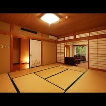 【特別室】寝室となる和室。少人数で利用するとあまりにも贅沢な一泊に。