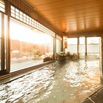 ◆女性大浴場内湯からの露店の眺め