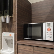 ◆3階、6階、9階、12階には製氷機と電子レンジをご用意 いつでもご利用可能です♪