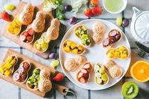 ◇OMOカフェ◇季節の色鮮やかなフルーツを使ったOMOなかサンド