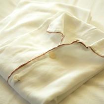 お休み着には上下セパレートのパジャマもご用意しております