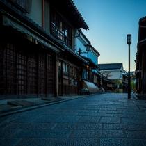 京情緒あふれる町家が並ぶ産寧坂(三年坂)