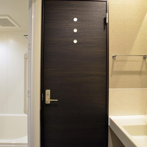 バスルームとトイレはセパレートタイプ