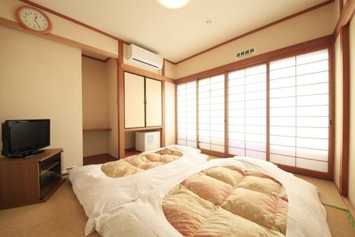寛ぎの和室☆人気最上階南側☆お天気良ければ富士山が見える!