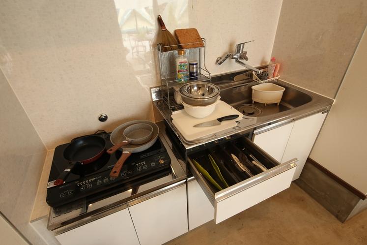 料理台の機材も充実 【リバーストーン 宿泊パック・アウトドア体験付パックもあり】