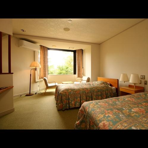 【特別室*磐梯山を望む眺望客室】深緑の自然をお部屋から