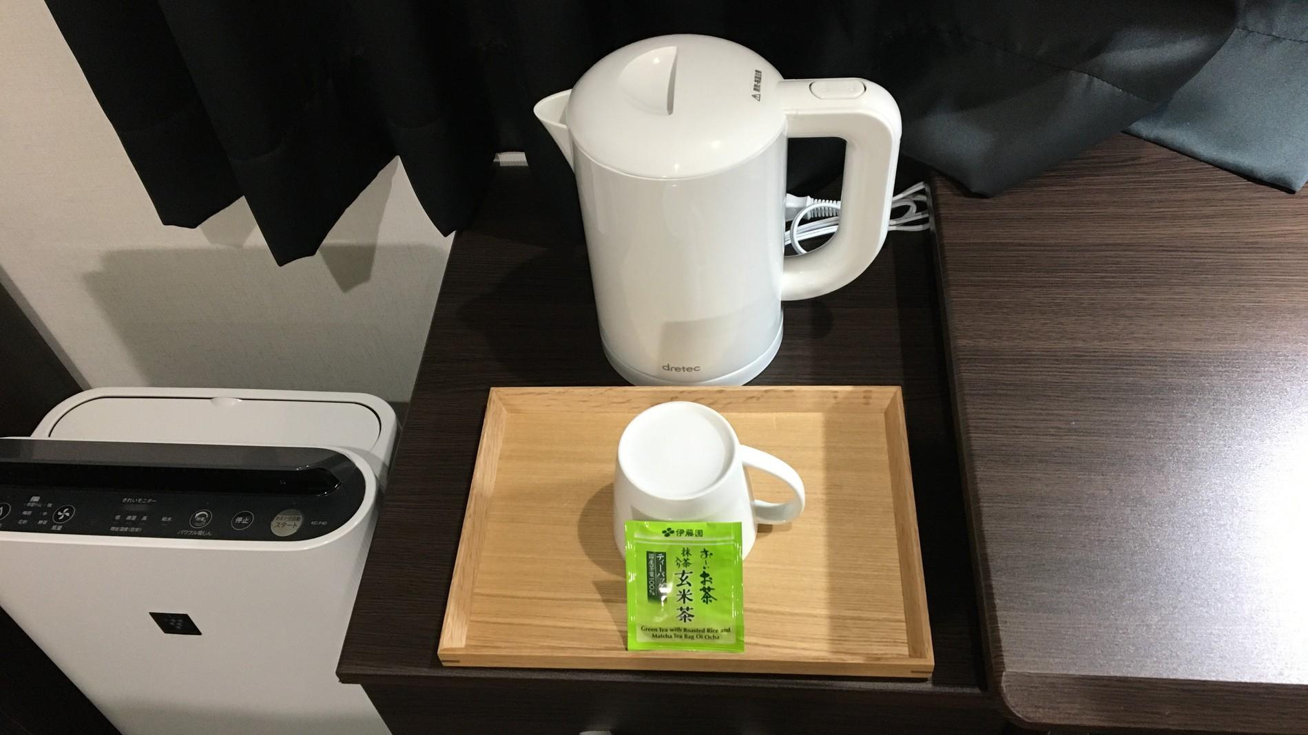 ケトル/マグカップ/お茶
