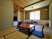 【ゆったり和室6帖+板の間4帖】贅沢な広々空間です。