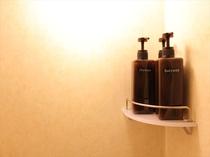 シャワールームにはソープ類がついています