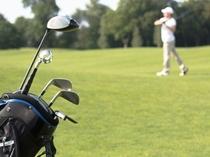 温暖な沖縄では通年でゴルフが可能、また中北部は沢山のゴルフ場が点在します。