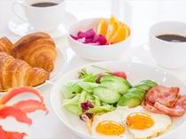 地元野菜や卵を買ってヘルシーな朝食はいかが