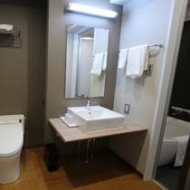 和室と和洋室はバス・トイレ別。ゆったりとおくつろぎ頂くことができます。