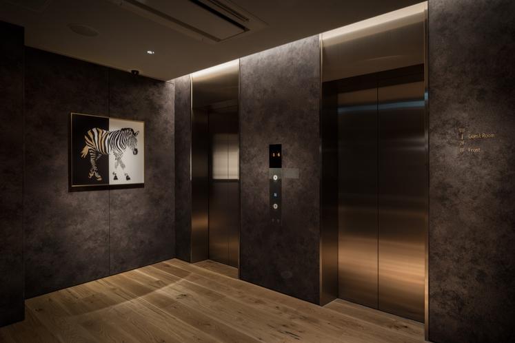 エレベーターホール 正面