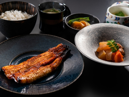 夕食は贅沢に!「うなぎ 海雲」の「蒲焼きうなぎ御膳」付プラン【1泊2食付】