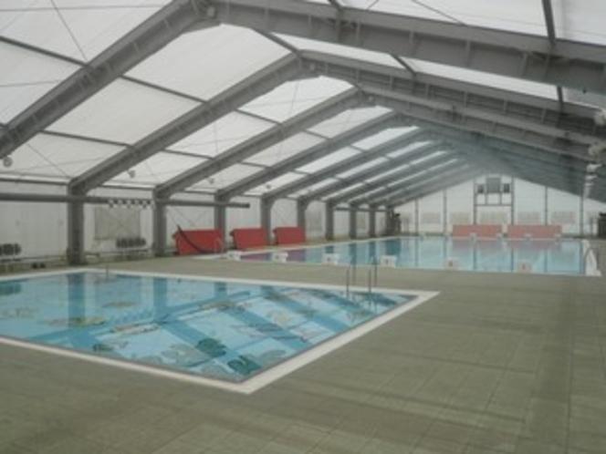 運動公園内の室内プール