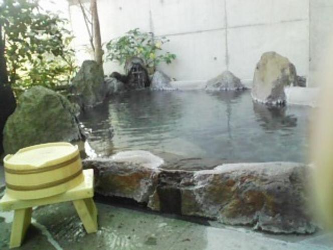 「木蓮」専用の露天風呂