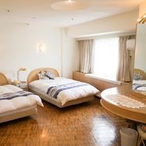 4ベッドルーム(2017年6月1日よりホテルエリアワン)