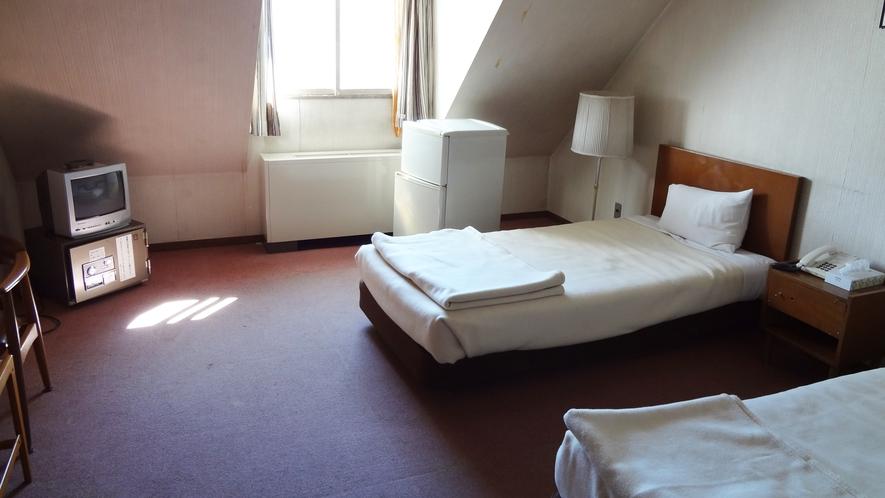 *【部屋一例】洋室/一人旅、カップル、ご夫婦、ファミリー、グループにオススメです!