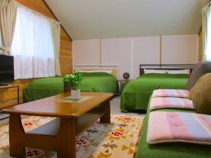 コテージE棟 2F 寝室イメージ