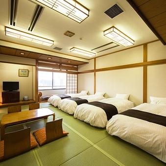 大部屋和室17.5帖(ベッドタイプ)トイレ付◆〜6名様◆禁煙