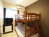 二段ベッド1