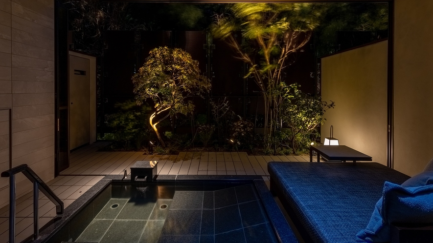 【木の間の月】プレシャススイートツイン露天風呂(一例)