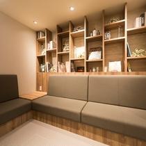 ■ソファースペースをご用意しております♪