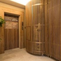 ■1階エレベーター前