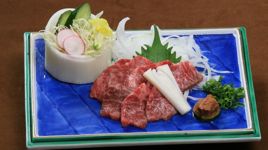 【別注料理】「馬刺し」一人前1,350円(税込)
