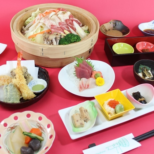 【夕食例】当館自慢の夕食は、和食膳!メインは、ヤシオポークのせいろ蒸し