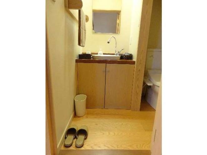 スタンダード客室:洗面台
