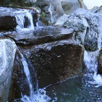 湯量の豊富な湯村温泉