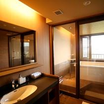 【和みフロア】展望檜風呂付特別室Aの洗面