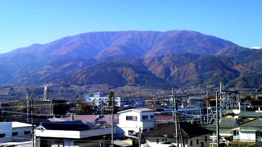 櫛形山(ホテルより眺望)