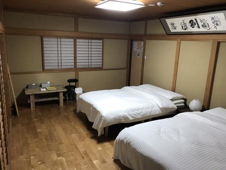 ★本通りのゲストハウス!★宮島への観光船乗り場もすぐ傍!★
