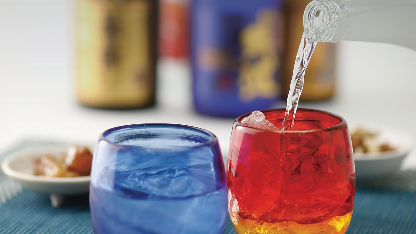 泡盛は琉球グラスで楽しみたい OCVB