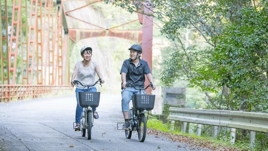 自然豊かな場所を自転車でリフレッシュ!サイクリングコースのご案内図もございます。お気軽に。